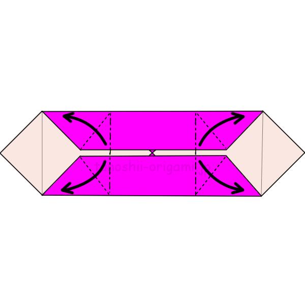 6.両側を折り線に合わせて開く