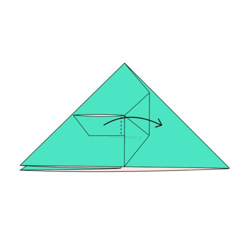 10.折り線に合わせて開いてつぶすように折る-2