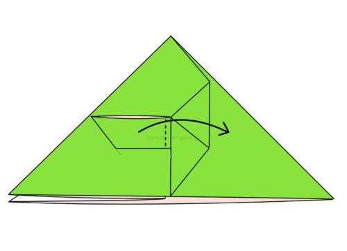 10.折り線に合わせて開いてつぶすように折る