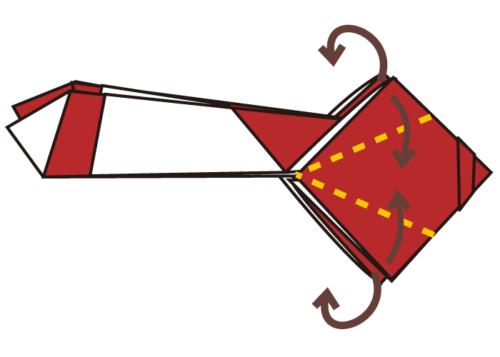 12.四角の角を真ん中に合わせて折る。