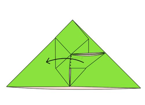 13.折り線に合わせて開いてつぶすように折る
