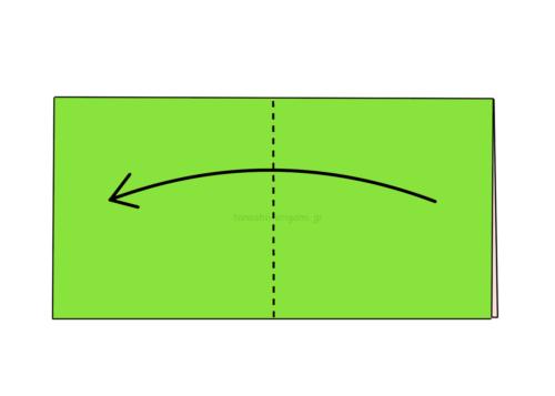 2.折り紙をもう一度半分に折る-3