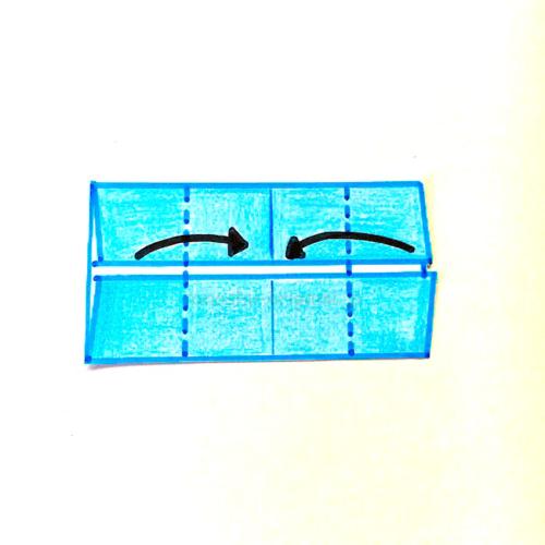 4.折り線に合わせて半分に折る-2