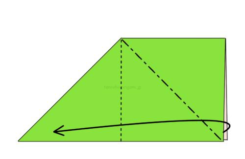 5.反対側も斜めに折り線をつけて、開いてつぶすように折る-3