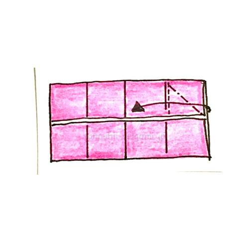 5.斜めに折り線をつけ、開いてつぶすように折る