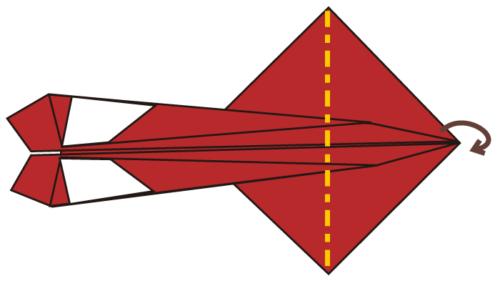 8.四角の部分をを半分に折る。