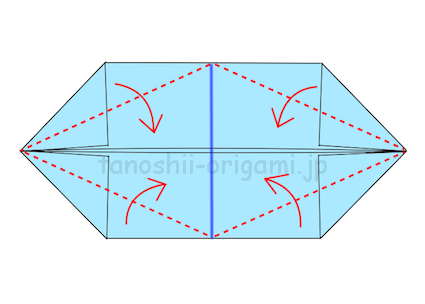 9.半分の青線と両端の角を結んだ線に合わせて折る