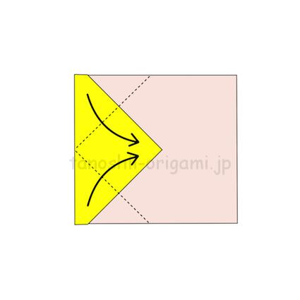 3.さらに角を真ん中の線に合わせて折る