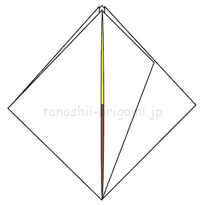 10-2左半分(緑色の部分)を反対側に折る。