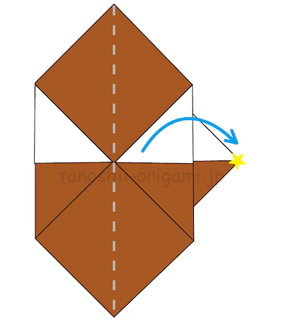 11.中心に合わせた右側を外側に折る。