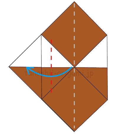 8.中心に合わせた左側を外側に折る。