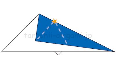 10-2.折り線が重なるようになっています。