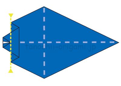 17-2.先端の部分が16で折った線に合わせるように折る。