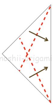 5.折り線に沿って、折り紙を立ち上げるように折る。